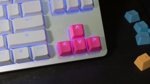 Tai-Hao TPR Rubber Backlit Double Shot 18 Keys - Neon Pink